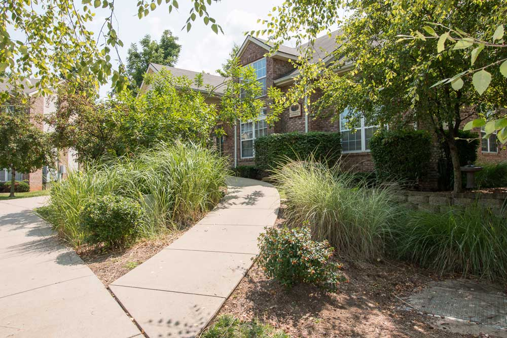 Affordable Bloomington Apartments For Rent | Photos ...